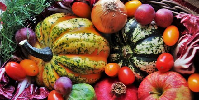 В 2021 году планируется добавить в продуктовую корзину больше овощей, фруктов и полезных белковых продуктов.