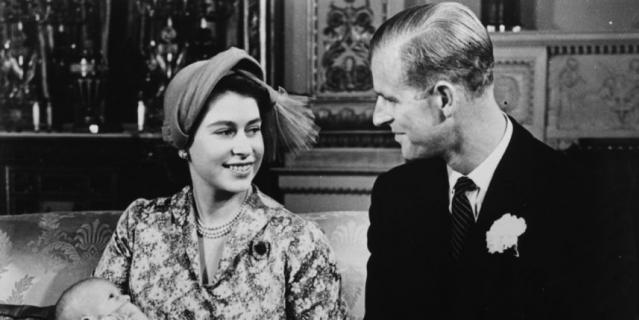 Королева Елизавета II и принц Филипп в молодости.