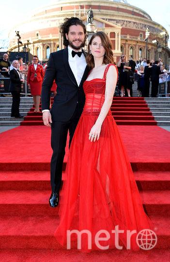 Кит Харингтон с женой Роул Лесли. Фото Getty