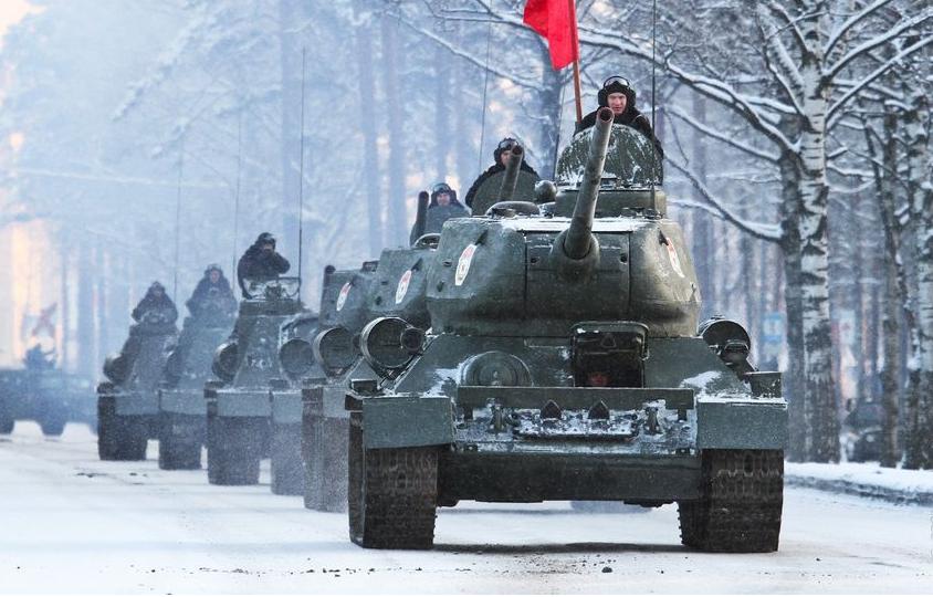 Военный парад в Петербурге вызвал жёсткие споры. Фото пресс-служба зво