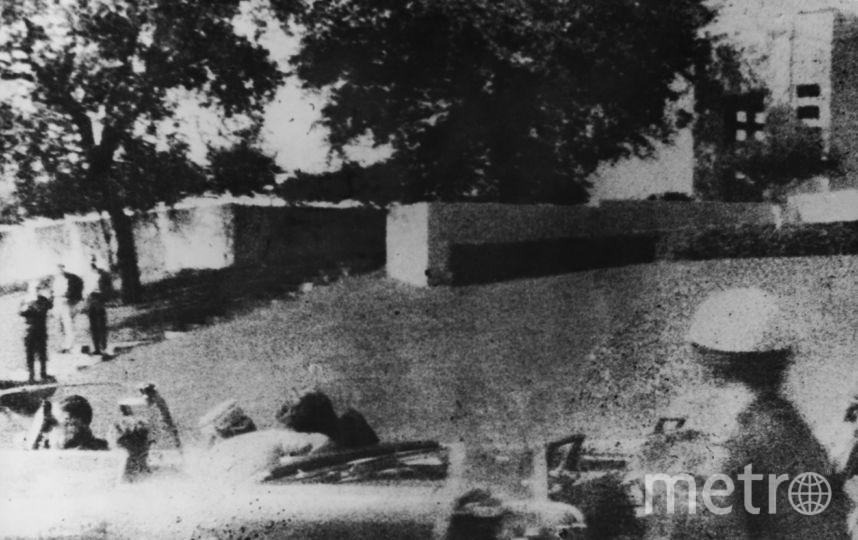 Первые секунды после убийства Джона Кеннеди. Фото Getty