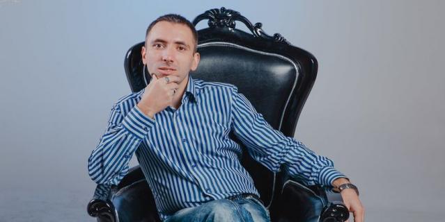 Юрий Исламов.