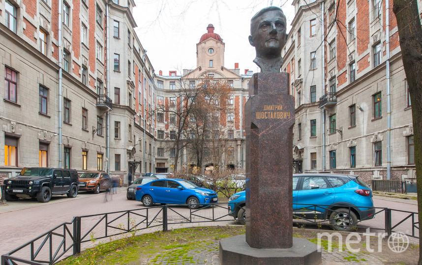 Двор около дома Шостаковича. Фото «Мир квартир»