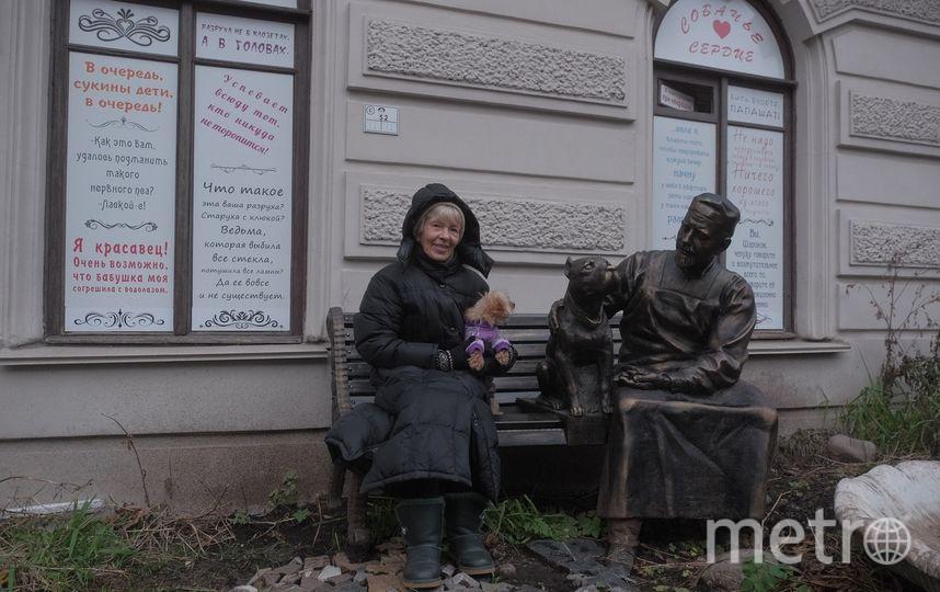 """Двор, в котором находится скульптура, закрыт. Но в него можно попасть через соседний двор. Фото """"Metro"""""""