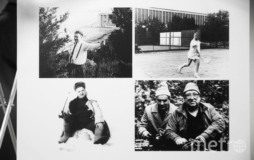 все фото с выставки, посвящённой 100-летию Анатолия Тарасова. Фото Василий Кузьмичёнок
