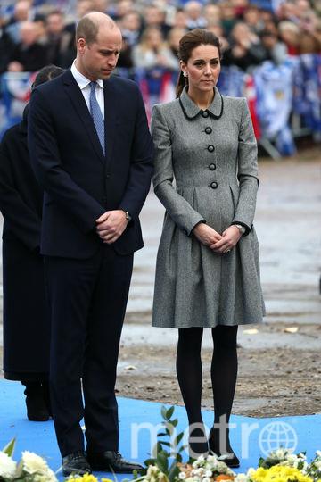 Герцог и герцогиня Кембриджские побывали на месте крушения вертолёта. Фото Getty
