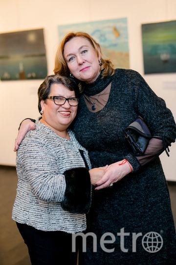 Ирина Марков-Шагал с сестрой Галиной Исаревич в Петербурге.