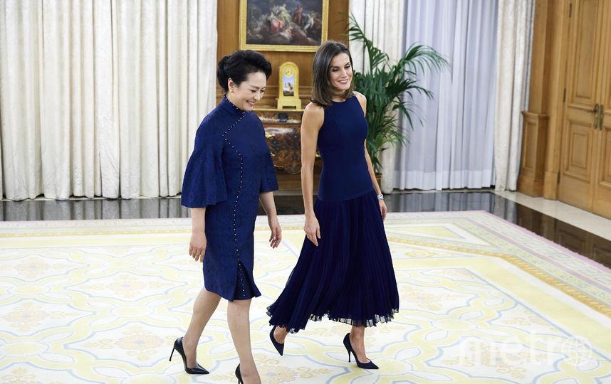 Официальный визит главы КНР Си Цзиньпина Пэн Лиюань в Испанию. Первый выход королевы и супруги президента. Фото Getty
