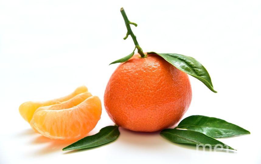 Эксперты отмечают, что небольшие потёртости, царапины или вкрапления допускаются и никак не влияют на вкус и качество мандаринов. Фото Pixabay