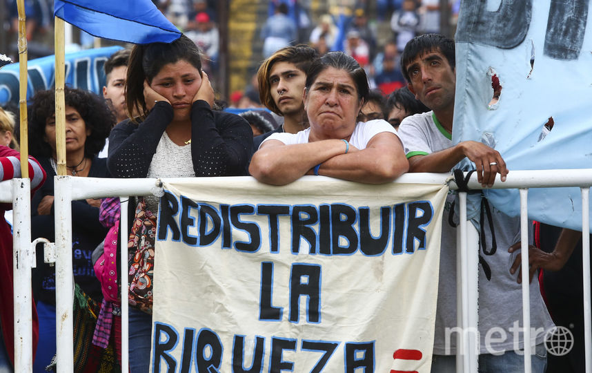 Активисты протестуют перед началом G20 в Аргентине. Фото Getty