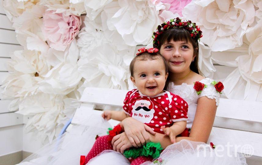 """Джерихова Таня (10 лет) с сестренкой Катей 10 месяцев). Фото Мама Инна, """"Metro"""""""