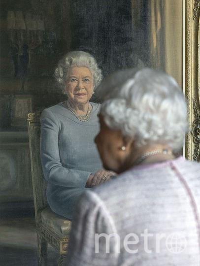Елизавете II представили ее портрет. Фото Getty