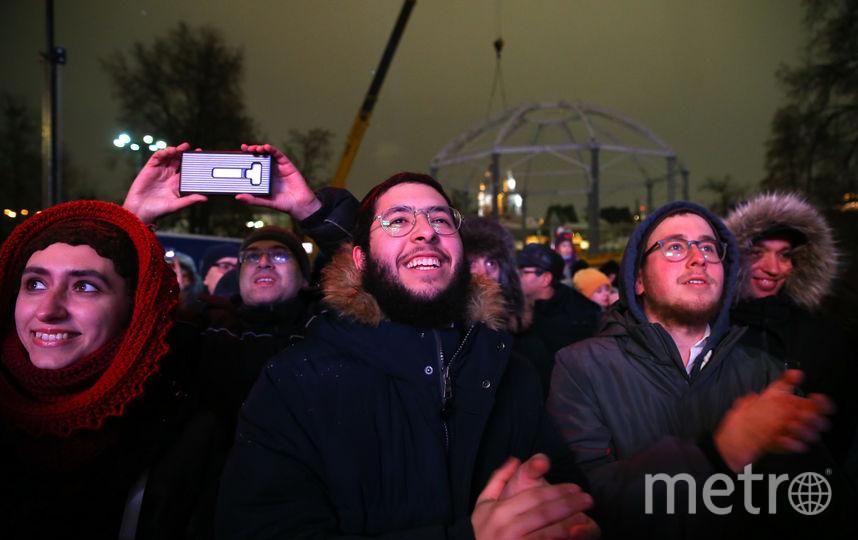 В Москве зажгли первую ханукальную свечу. Фото Василий Кузьмичёнок