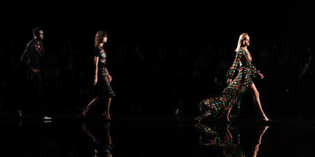 Показ Versace.