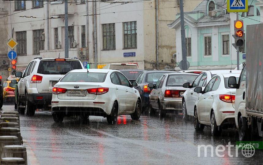 В Москве на Ленинском проспекте ограничат движение из-за строительства БКЛ. Фото Василий Кузьмичёнок