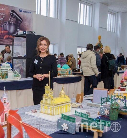 """Шпиль Петропавловки в высоту достигает 55 см. Работа Шушанны Оганнисян. Фото """"Metro"""""""