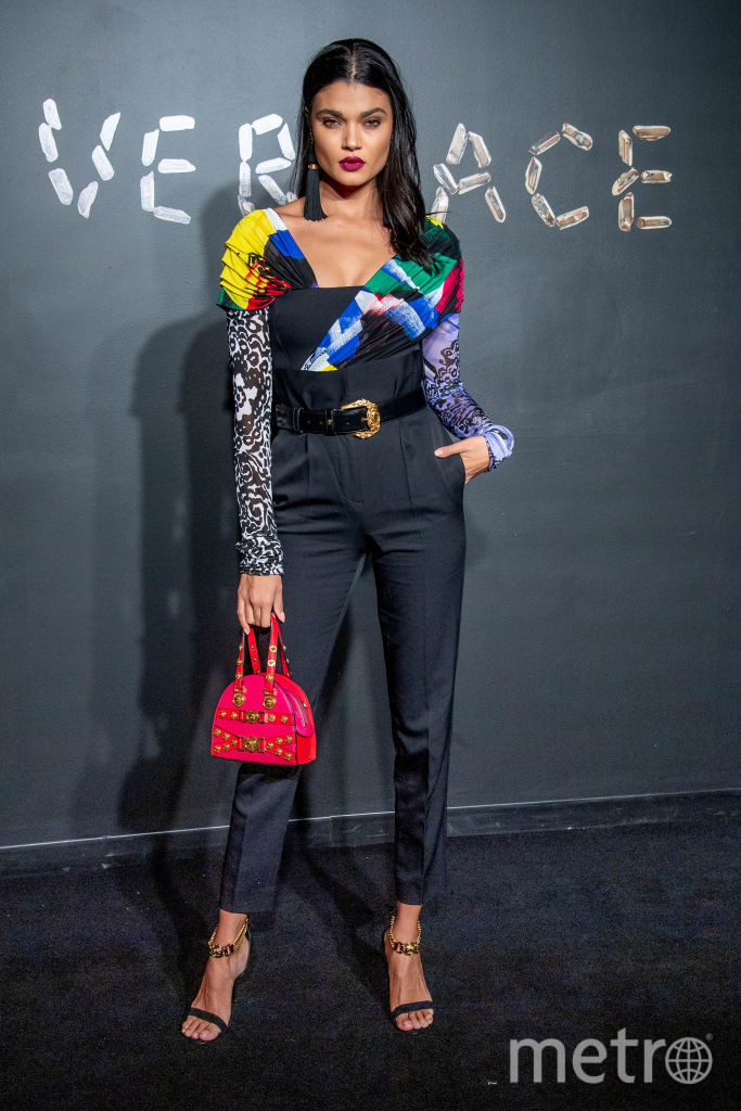 Даниела Брага. Шоу Versace. Фото Getty