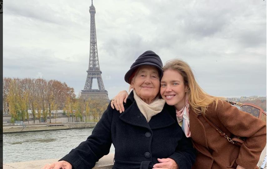 Наталья Водянова с бабушкой. Фото instagram.com/natasupernova