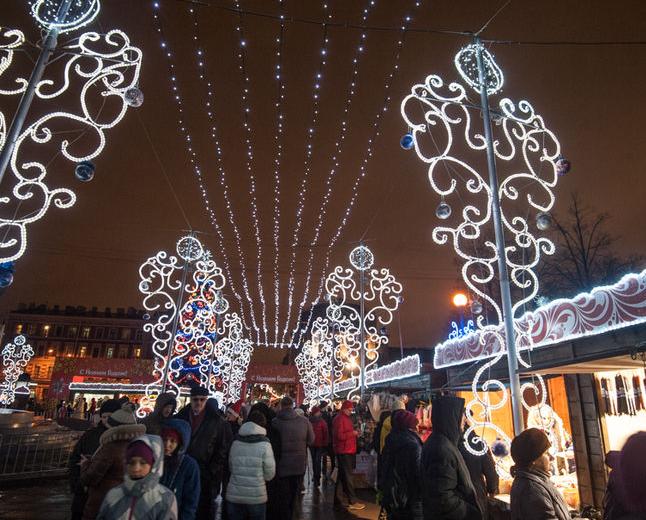 """На новогоднюю ярмарку в Петербург приедет Дед Мороз. Фото Фотоархив, """"Metro"""""""