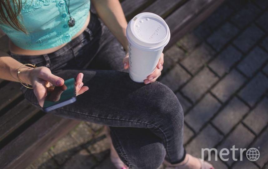 В Москве могут увеличить штраф за поездку с кофе в метро. Фото pixabay