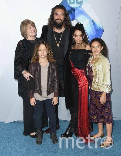 Джейсон Момоа с семьей. Фото Getty