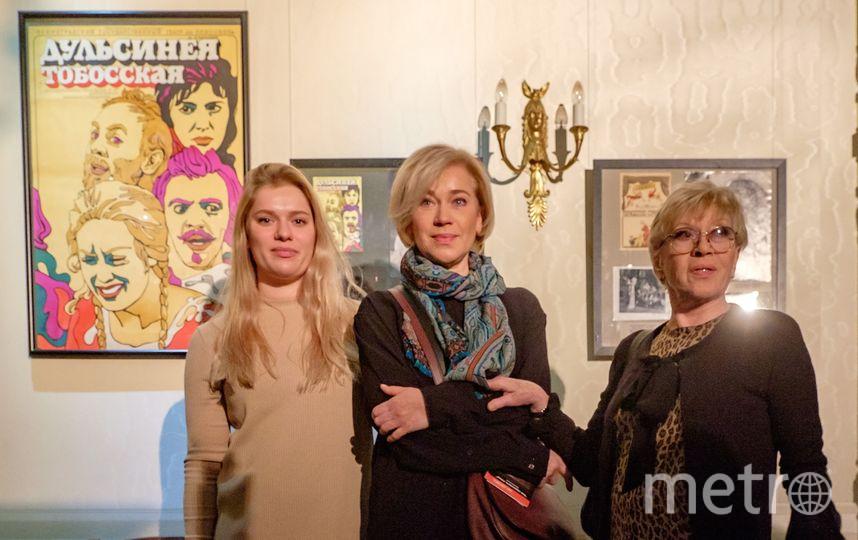 """Алиса Бруновна Фрейндлих с дочерью Варварой и внучкой Аней. Фото Алена Бобрович, """"Metro"""""""