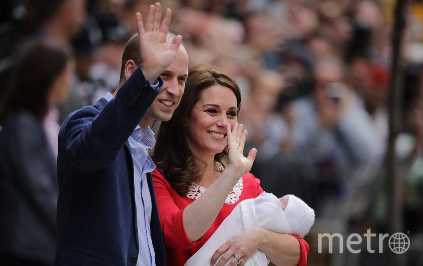 Кейт Миддлтон с принцем Уильямом после рождения третьего ребёнка. Фото Getty