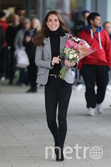 Кейт Миддлтон в жакете. СМИ часто срравнивали её с принцессой Дианой по манере одеваться. Фото Getty