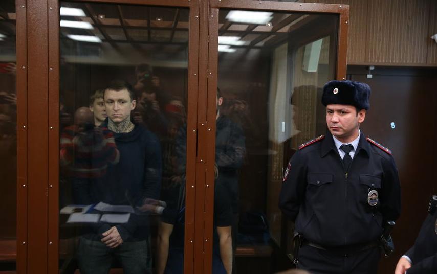Александр Кокорин и Павел Мамаев в Тверском суде. Фото Василий Кузьмичёнок