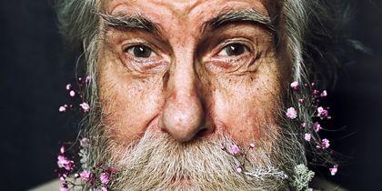 Петербурженка создала удивительный календарь ради больного раком дяди