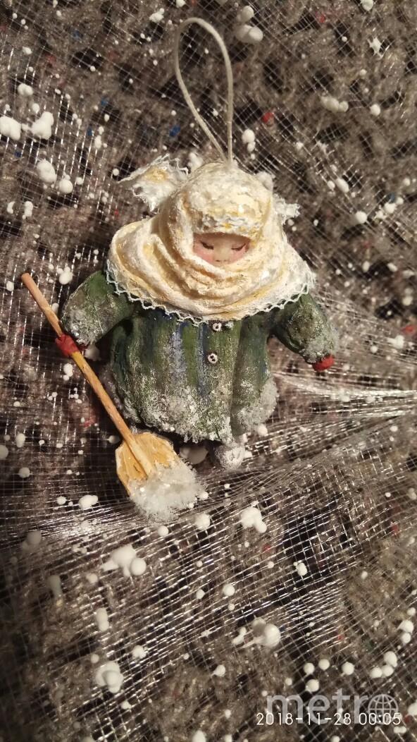"""Бабуся стала украшением для подоконника. Фото vk.com ВРЕМЯ КУКОЛ №22 – выставка кукол и мишек Тедди, """"Metro"""""""