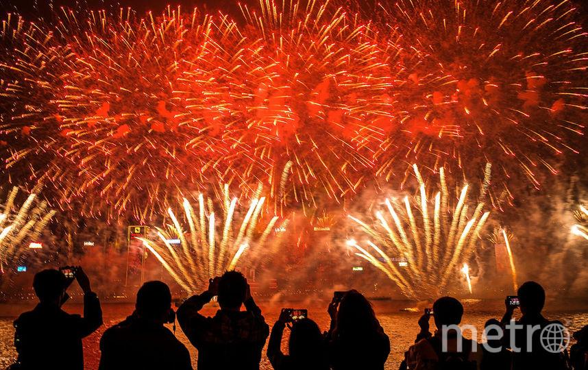 Более 10 тысяч салютных залпов осветят небо столицы в новогоднюю ночь. Фото Getty