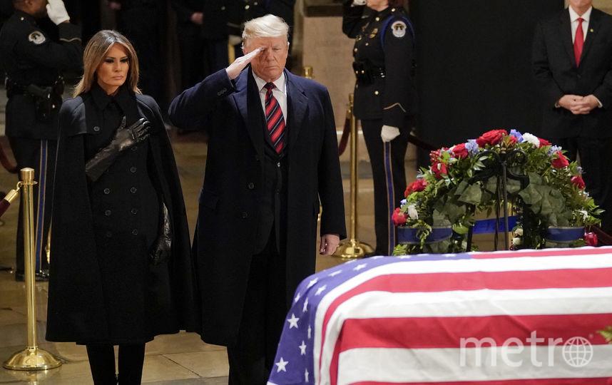 Мелания Трамп и Дональд Трамп на похоронах Джорджа Буша-старшего. Фото Getty