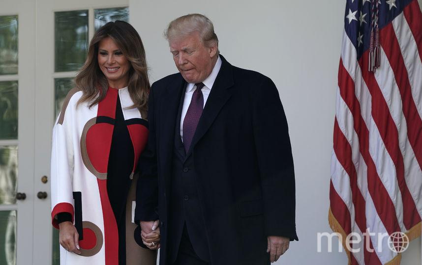 Дональд и Мелания Трамп провели традиционную церемонию помилования индюка в канун Дня благодарения.. Фото Getty