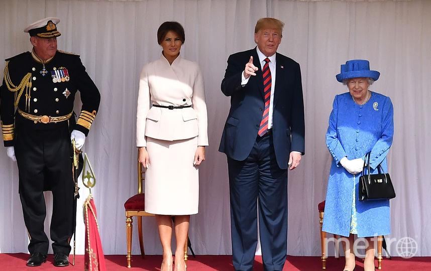 Мелания и Дональд Трамп встретились с Елизаветой II в Лондоне. Фото Getty