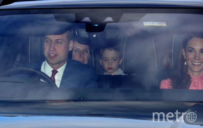 "Дети Кейт Миддлтон после обеда у королевы. Фото https://www.instagram.com/p/BrlJciIF3nC/, ""Metro"""
