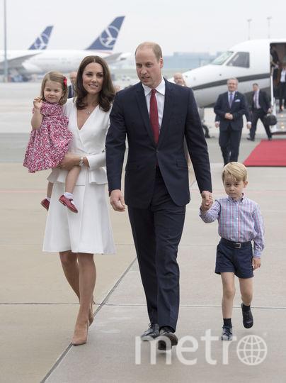 Кейт Миддлтон, принц Уильям и их дети Джордж и Шарлотта. Фото архив, Getty