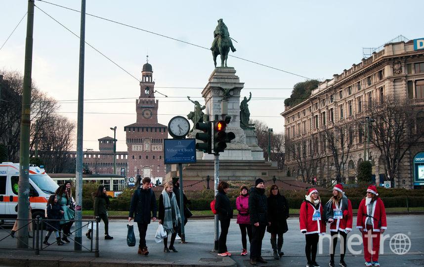 "Забег дедодв морозов в Милане. Фото Анна Лутченкова, ""Metro"""