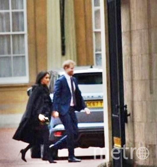 Меган Маркл и принц Гарри идут на ужин к королеве. Фото скрин-шот, Скриншот Youtube