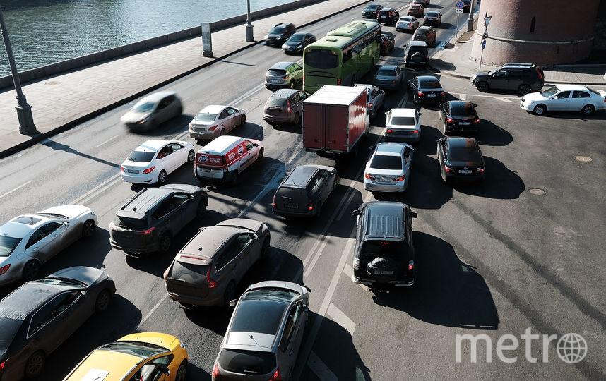 Шумовая разметка будет представлять собой несколько поперечных линий, нанесённых друг за другом. Фото Getty