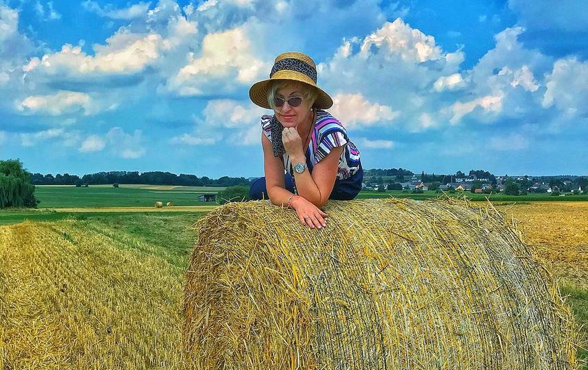 Под конец летнего сезона пускаем немного романтики и грусти – фотографируем закаты, дожди, поля и пишем: «скоро осень», «лето заканчивается – печалька». Фото instagram/svetlana_francisco