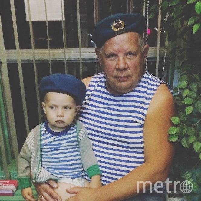 Маленький Герман и большой Сергей. Фото Лёлик и Болик