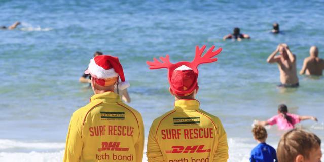 Австралия наслаждается теплом и солнцем. Но тоже отмечает Рождество.
