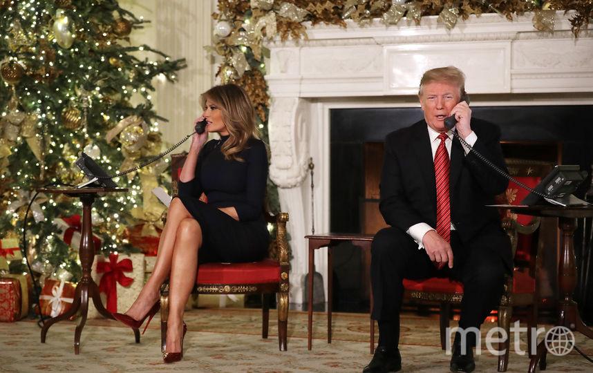 Дональд и Мелания Трамп в Белом доме поговорили с детьми по телефону. Фото Getty