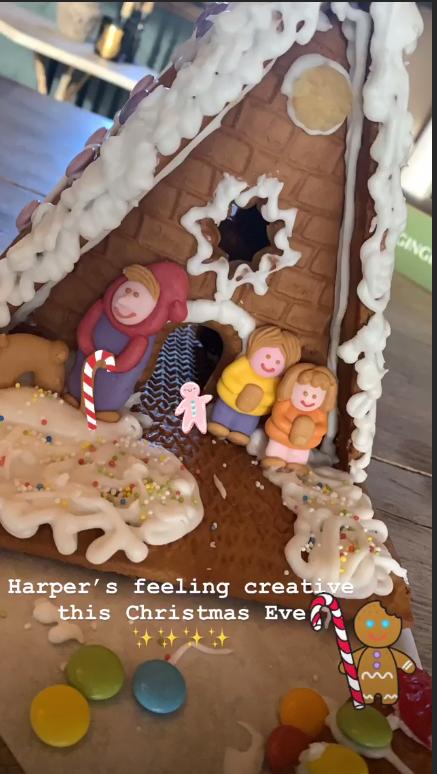 Пряничный домик Харпер Бэкхем. Фото Скриншот https://www.instagram.com/victoriabeckham/