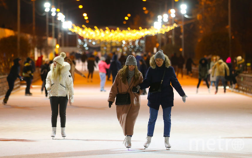 Гостей парка Горького объединит каток. Фото Василий Кузьмичёнок