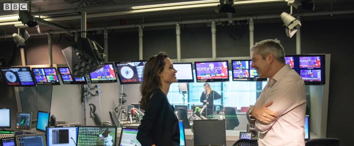 Анджелина Джоли. Фото Скриншот https://www.youtube.com/watch?v=EvBa9WxSj6Y, Getty