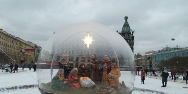 Вертеп у Казанского собора.