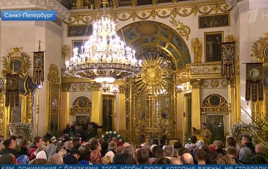Владимир Путин встретил Рождество в Спасо-Преображенском соборе. Фото Скриншот Youtube