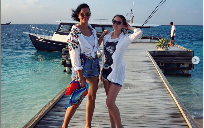 Александра с мамой - певицей Славой. Фото instagram.com/alexandrawinter